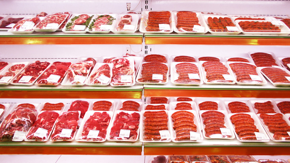Your Supermarket Meat Is Covered In Antibiotic-Resistant Bacteria